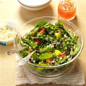 Strawberry Garden Salad Recipe