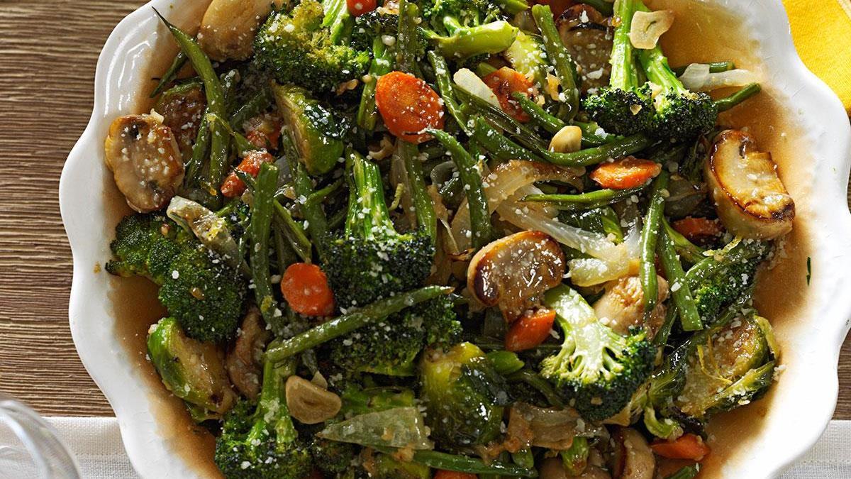 Roasted green vegetable medley recipe taste of home forumfinder Images