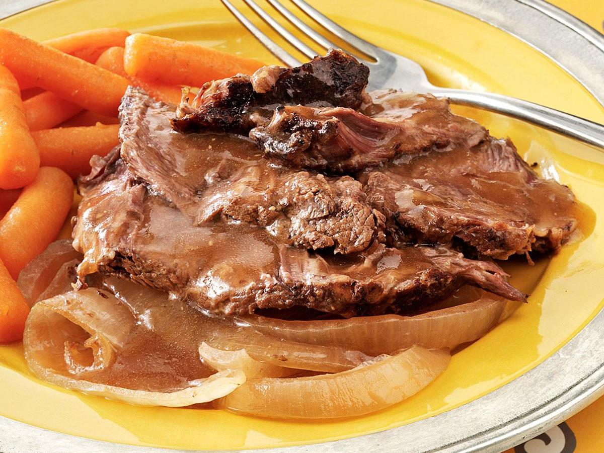 Caramelized Onion Chuck Roast