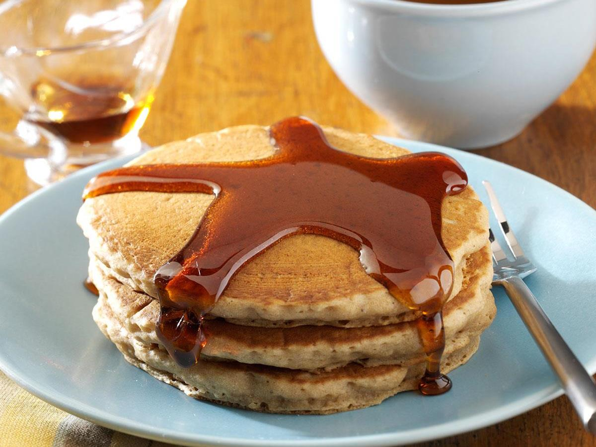Easy Gingerbread Pancakes