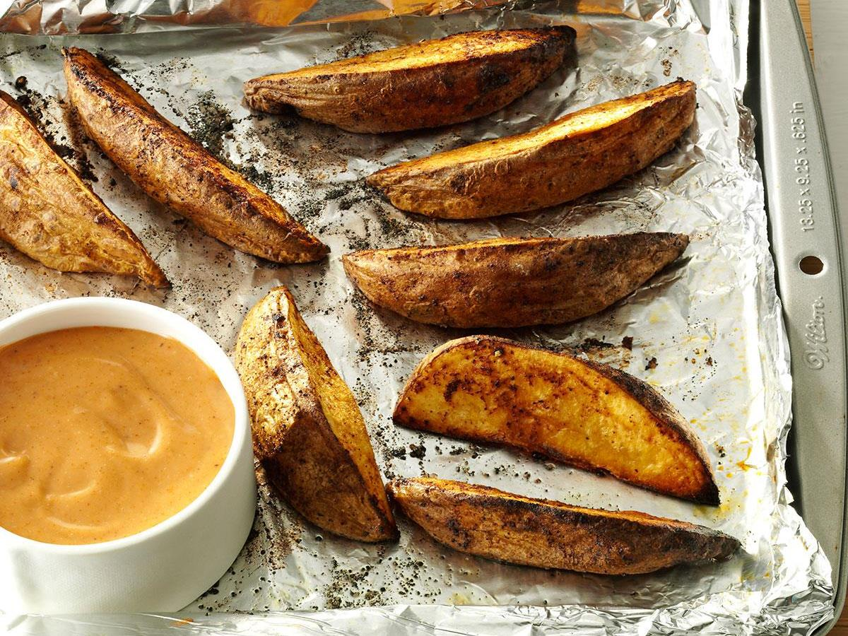 Potato Wedges with Sweet & Spicy Sauce