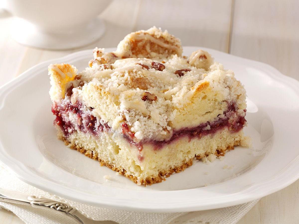 Raspberry Streusel Coffee Cake