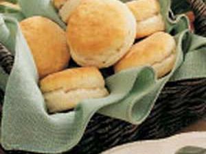 Crusty Dinner Biscuits