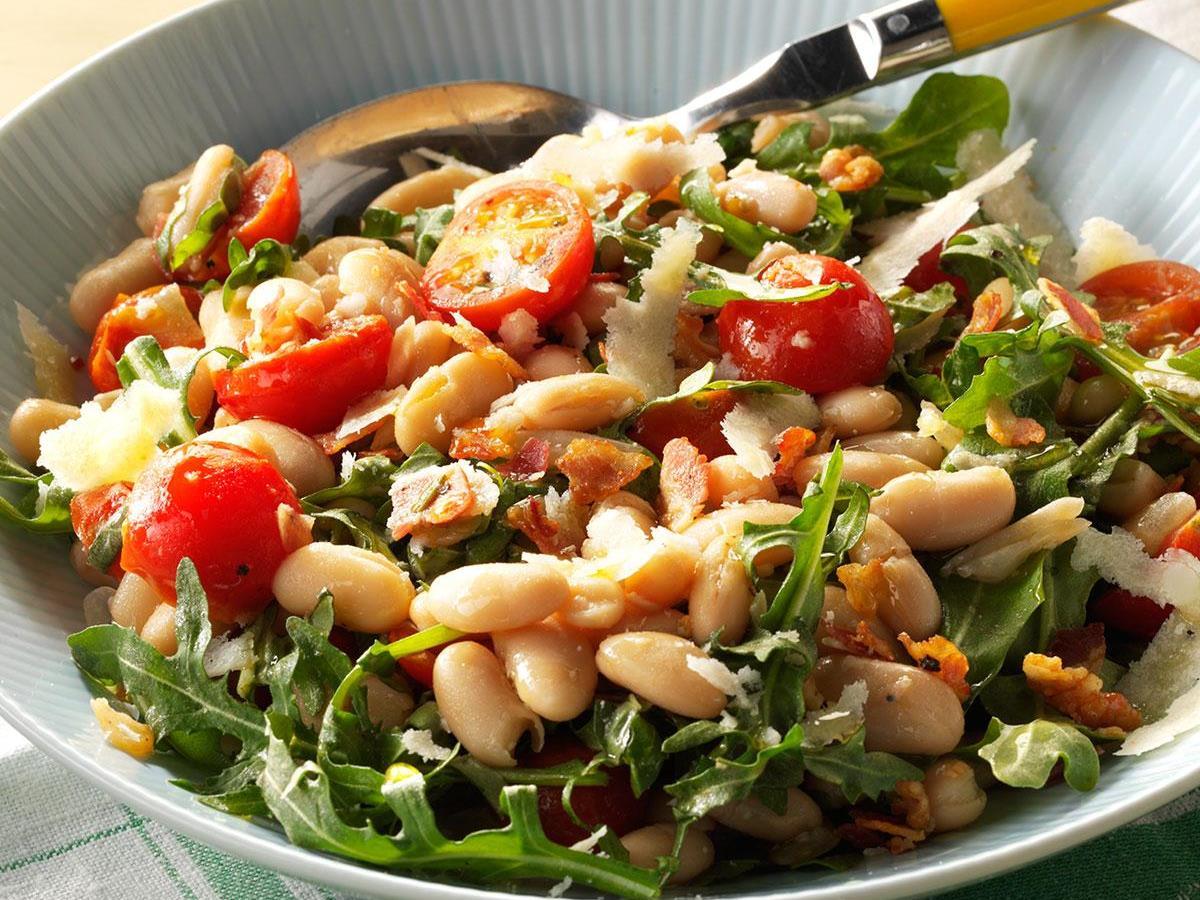 White Bean Arugula Salad
