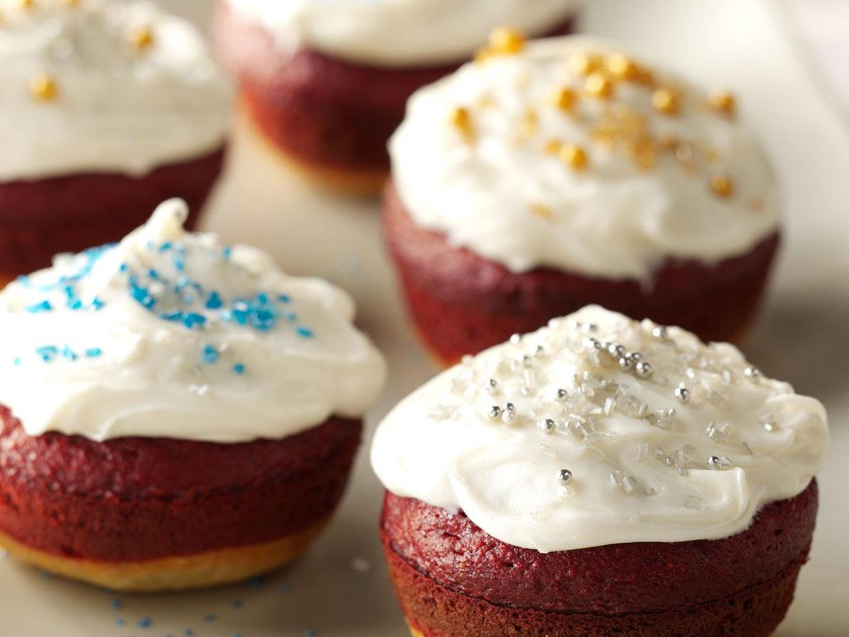little holiday cakes - Valentine Cupcake Recipes
